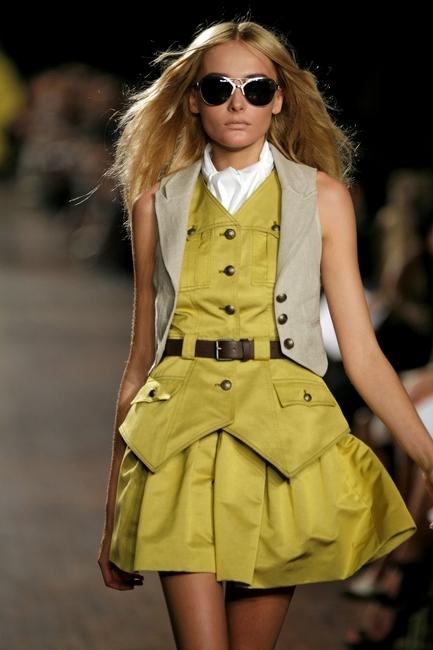 proenza-schouler-spring-2008-fashion-show-1.jpg